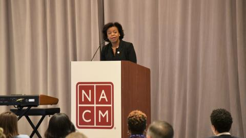 Chief Justice Beasley addresses NACM members.
